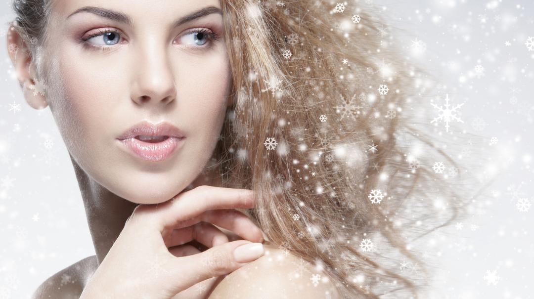 Tipy a triky pro zimní péči o vlasy